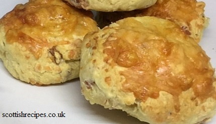 Low Fat Cheese and Bacon Scones Recipe